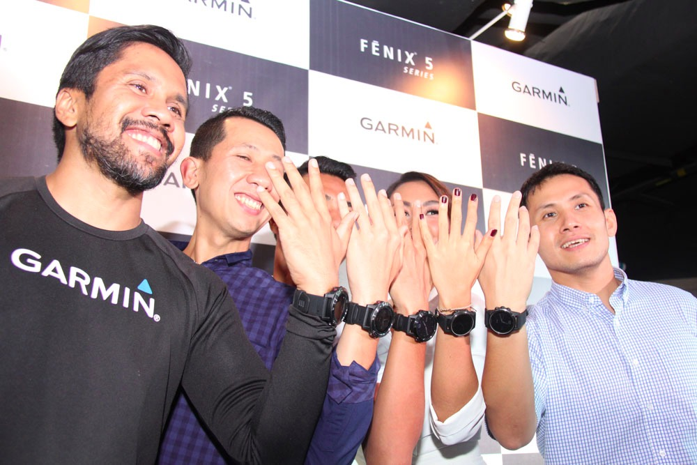 garmin fenix 5 launching